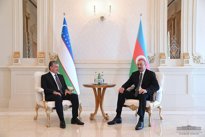 Шавкат Мирзиёев Озарбайжон президенти Илҳом Алиев билан учрашди